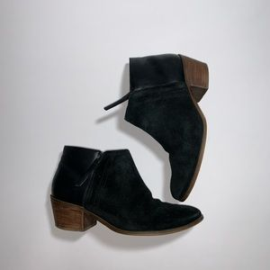 Madewell Suede Leather Heeled Zip Ankle Boot